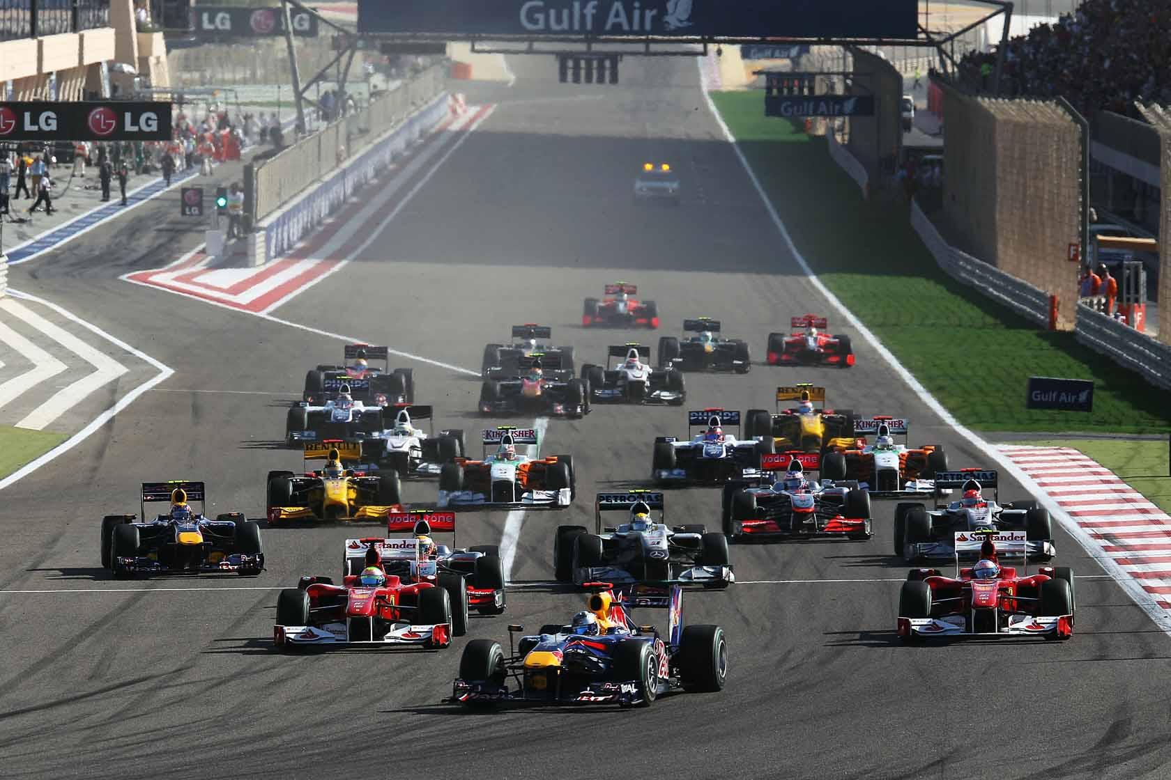 F1 Bahrain Gp  Header Cracking Fun