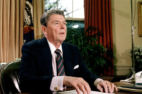 ronald-reagan-oval-office-white-house