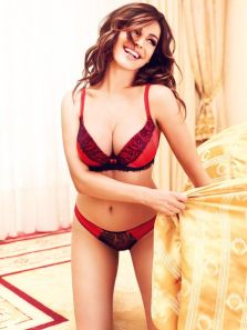 kelly-brook-newlook12-25