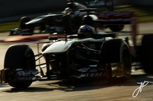 f1-2013-barcelona-test-1-ricciardo-hulkenberg