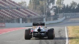 f1-2013-barcelona-test-2-vettel-rb9