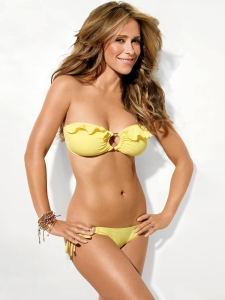 jennifer-love-hewitt-shape13-07
