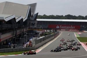 f1-2012-britain-track-start