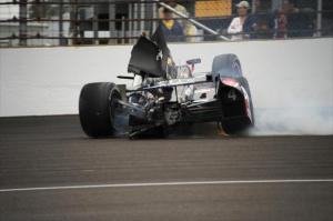 indycar-2013-indy-500-jr-hildebrand-crash
