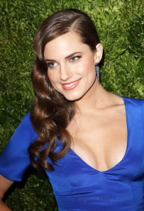 allison-williams-04