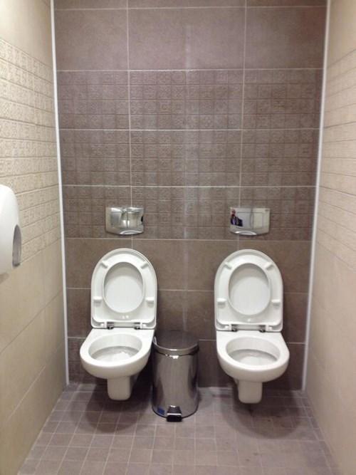 sochi-olympic-washroom-stall-fail