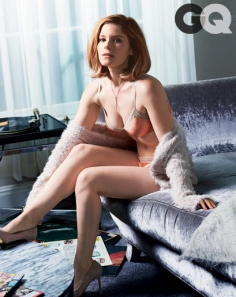 kate-mara-gq14-02