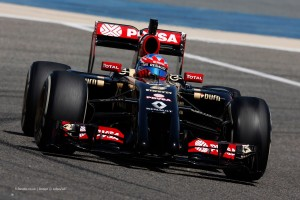 f1-2014-bahrain-test-two-grosjean-lotus-e22