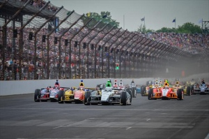 indycar-2013-indy-500-start