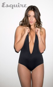 chloe-bennet-esquire14-01