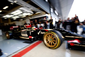 f1-2014-silverstone-test-pic-pirelli-tyres