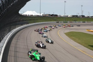indycar-2013-iowa-start
