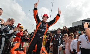 indycar-2014-houston-race2-pagenaud-victory-lane