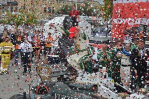indycar-2014-toronto-conway-victory-lane