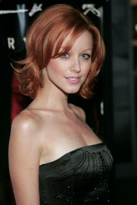 lindy-booth-08