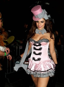 jessica-lowndes-11