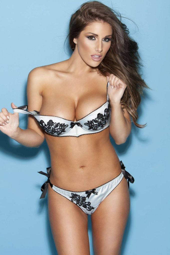 lucy-pinder-14