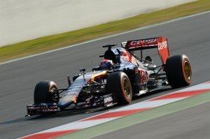 f1-2015-barcelona-test-verstappen-toro-rosso