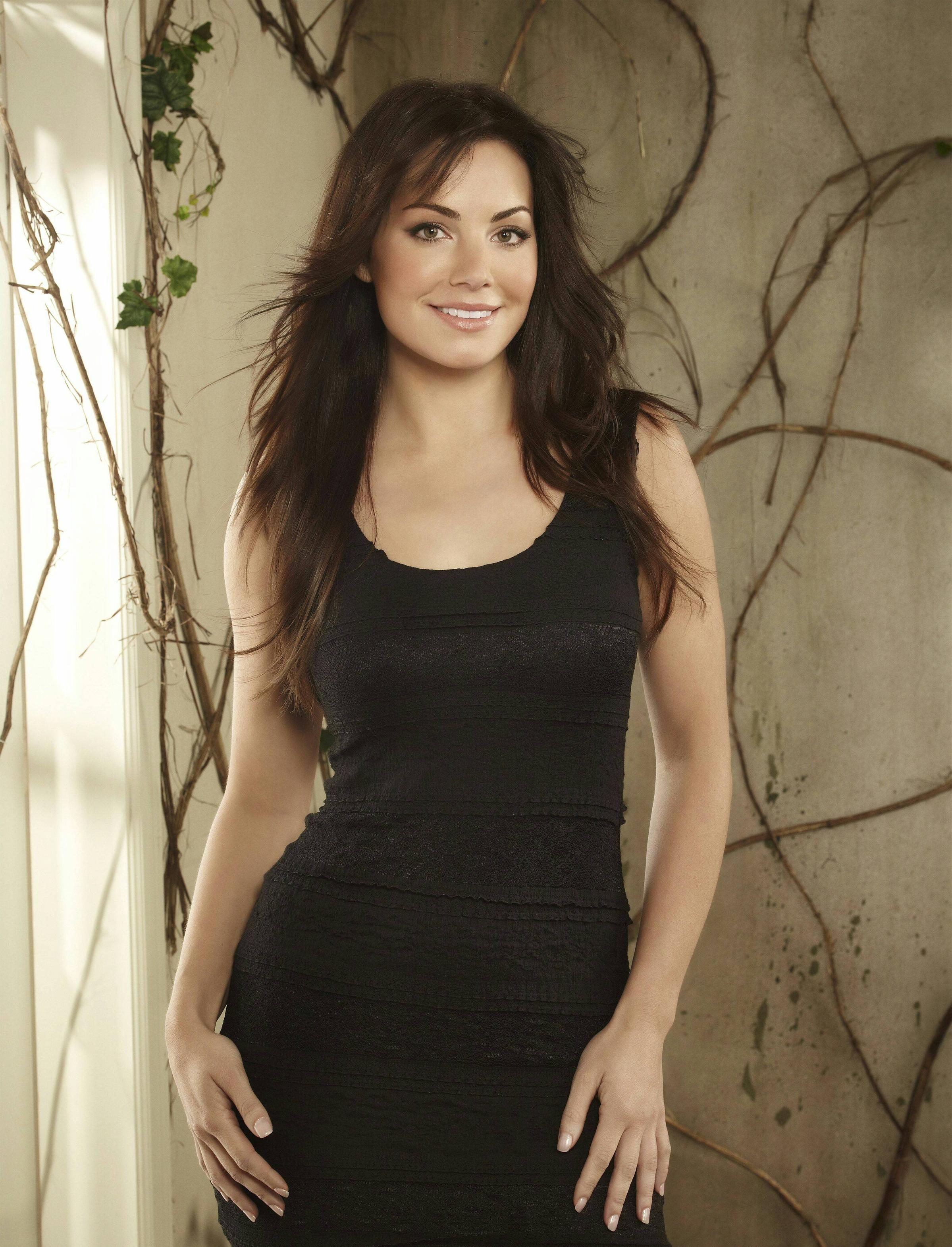 Erica Durance images 23