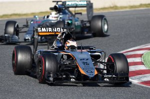 f1-2015-barcelona-2nd-test-hulkenberg-force-india