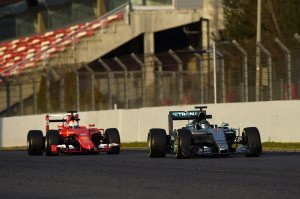 f1-2015-barcelona-2nd-test-rosberg-vettel