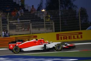 f1-2015-bahrain-stevens-merhi-manor