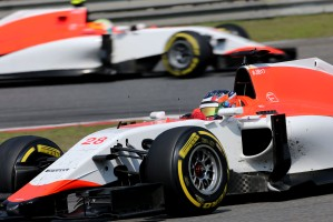 f1-2015-china-stevens-marussia