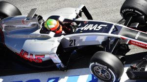 f1-2016-barcelona-2nd-test-gutierrez-haas