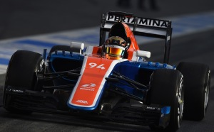 f1-2016-preview-manor-mrt05
