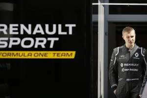 f1-2016-russia-renault